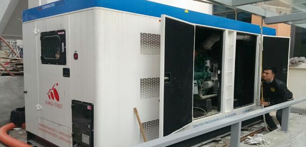 Tự nhập máy phát điện từ Trung Quốc: Tiền mất, tật mang!